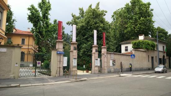 Villa Necchi Campiglio in Milan by Piero Portaluppi