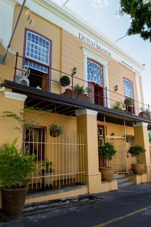 Dutch Manor Antique Hotel: Hotel Exterior