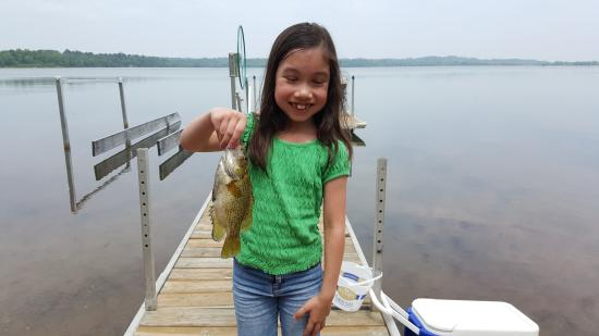 Backus, Minnesota: 7 yr old girl loves to catch fish
