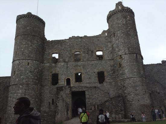 Llanfair, UK: Harlech castle