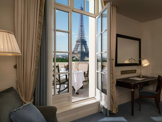Terrace Eiffel Tower View Room Picture Of Shangri La Hotel Paris