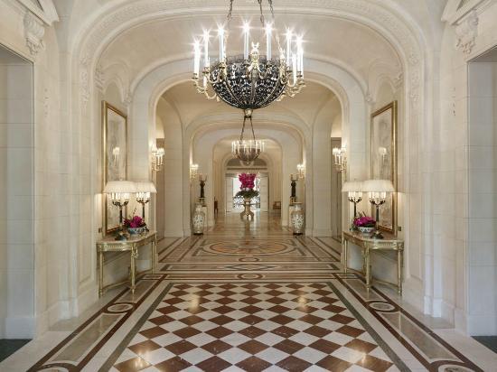 Shangri la hotel paris voir les tarifs 344 avis et 1 for Hotel design paris 8