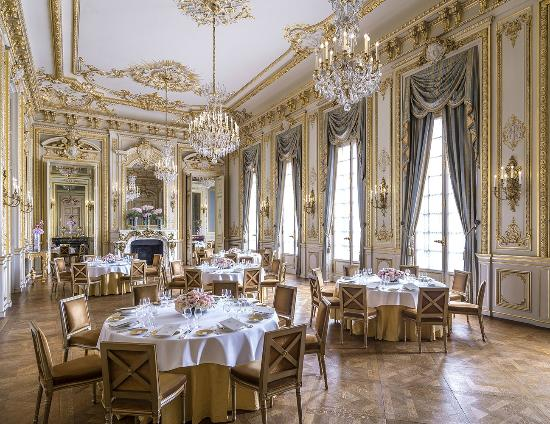 Shangri la hotel paris updated 2018 prices reviews for Chambre d hotel france