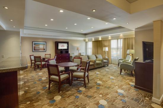 Holiday Inn Baton Rouge: Concierge Room