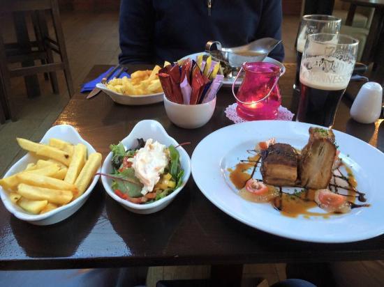 Ashfield House: Bar Meal
