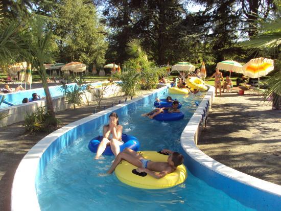 Vasca olimpionica con 3 trampolini foto di piscine tre for Piscina 3 re