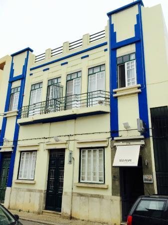 Guest House São Filipe: Guest House Front