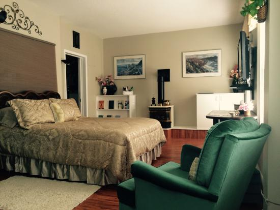 Niagara's Emerald Falls Bed & Breakfast: badroom