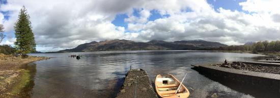 Loch Maree Hotel: Lock view