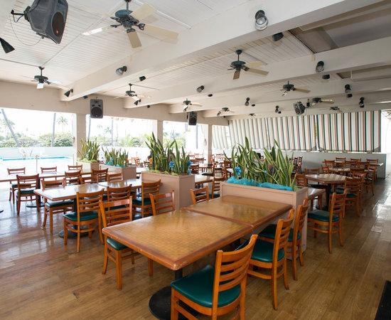 Rainbow Terrace Restaurant At The Maui Beach Hotel