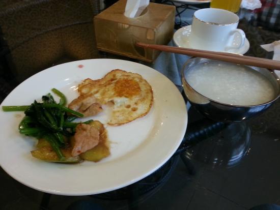 Beijing Ron Yard Hotel: 早餐