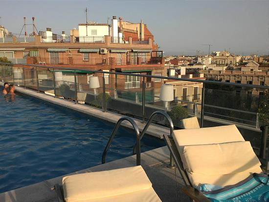 Rooftop swimming pool picture of nh collection barcelona - Hotel nh podium barcelona ...