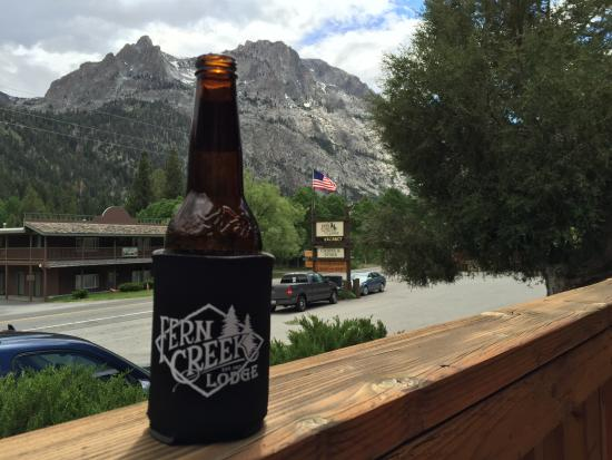 Fern Creek Lodge: Cheers!