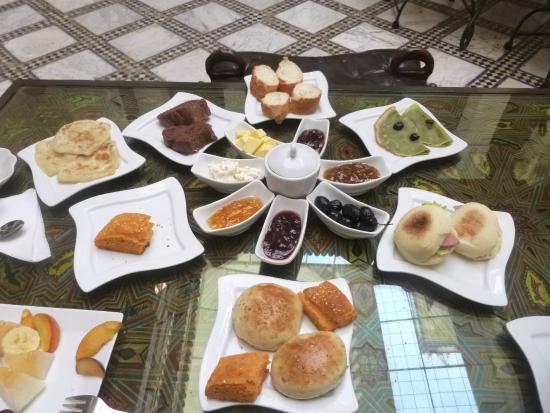 Riad Dar Skalli: Petit déjeuner