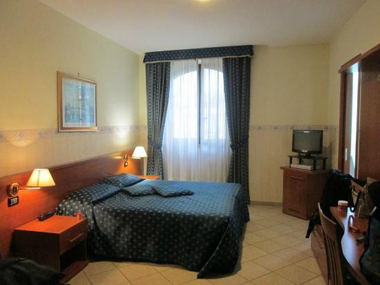 Hotel Traiano: Room