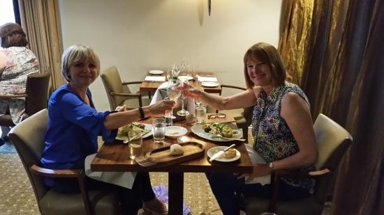 Ettington Chase Hotel: Cheers!