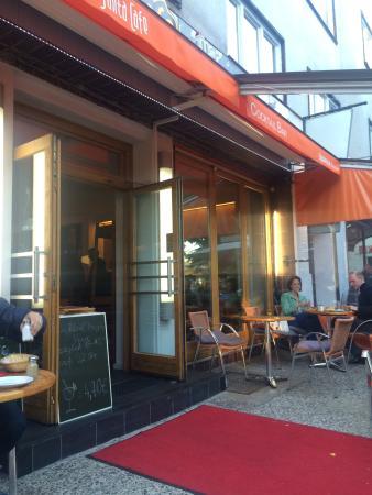 die 10 besten restaurants in der n he von bahnhof breitenbachplatz dahlem. Black Bedroom Furniture Sets. Home Design Ideas