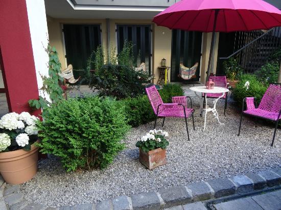 das Hotel in Munchen: Devant la chambre