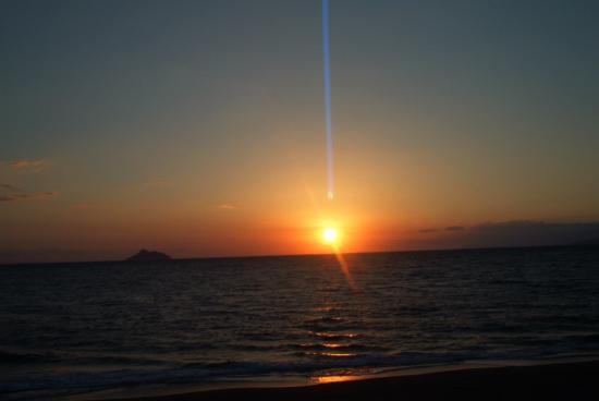 Hotel Knossos: Superbe coucher de soleil sur a plage de Kalamaki
