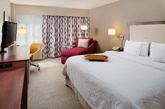 Hampton Inn Philadelphia / Willow Grove