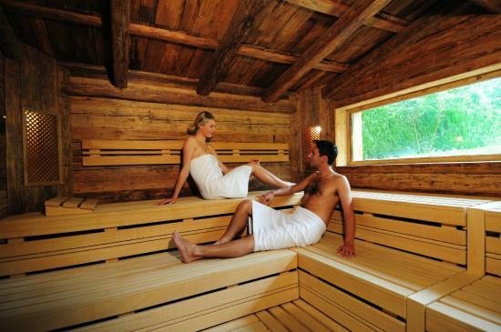 Résidence des Châteaux: Sauna des Montagnes Spa de Châteaux