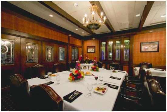 Nicolino S Italian Private Dining In The Library