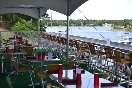 The Stonebridge Bar and Grill: Outdoor dining and bar rail.