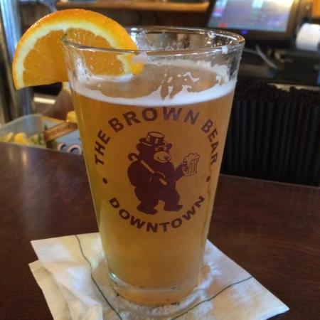 Brown Bear: Cold draft beer, but a limited selection.