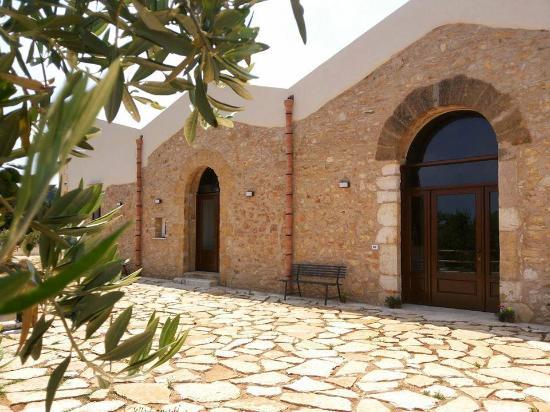 Casale La Macina - Hotel e Residence