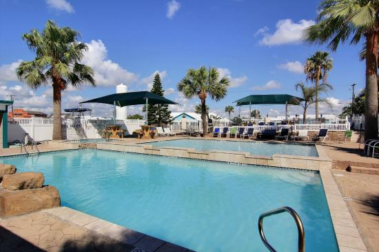 Tropic Island Resort: Pool