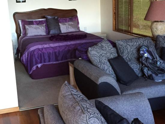 Abri Apartments: Bedroom
