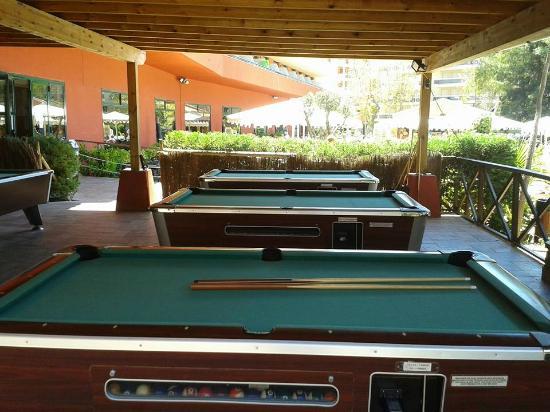 Ohtels Vil.la Romana: Pool Tables Outside Near The Pool