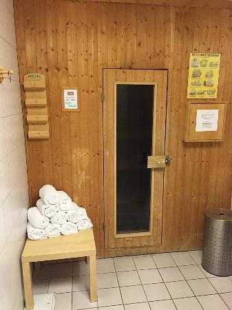 sauna picture of mercure hotel bad homburg friedrichsdorf friedrichsdorf tripadvisor. Black Bedroom Furniture Sets. Home Design Ideas