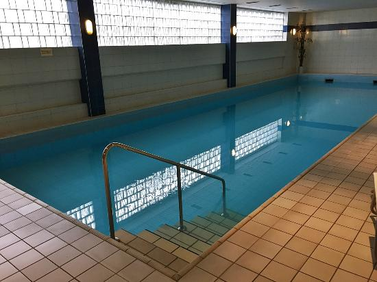 Pool picture of mercure hotel bad homburg friedrichsdorf friedrichsdorf tripadvisor - Bad homburg swimming pool ...