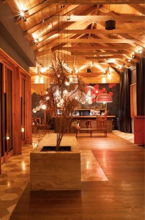 Hotel b¨o: Lobby