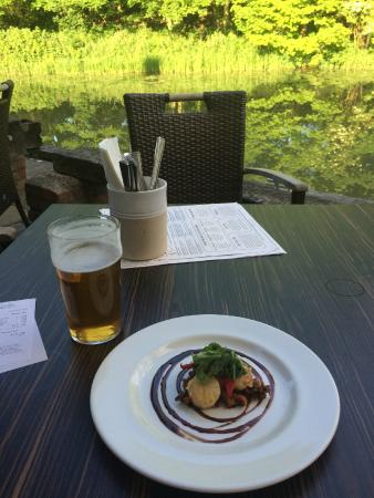 The Britannia: Gorgeous starter on the terrace: scallops and pulled pork.
