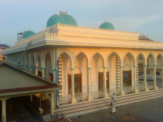 Darussalam Mosque (Masjid Darussalam)