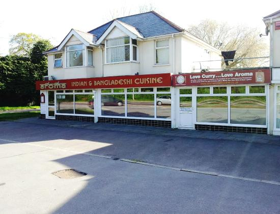 One of the largest indian restaurant on the waterside for Aroma indian chinese cuisine