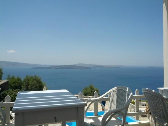 Hotel Atlantida Villas: my breakfast view every morning