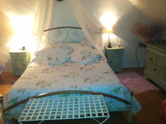 Saint-Brice, Francja: Notre Chambre, La Romantique