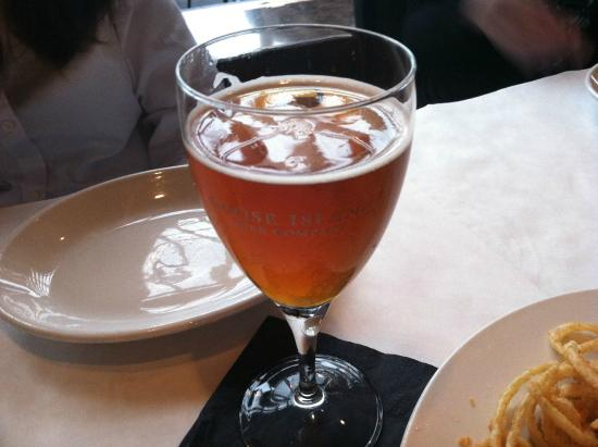 The Lakeside Supper Club & Lounge: Goose Island beer