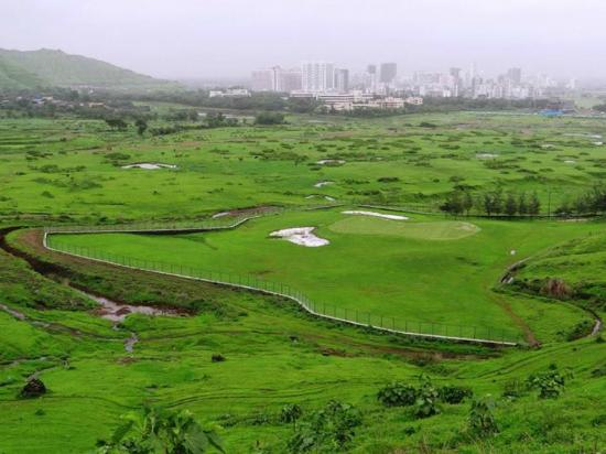 Kharghar Valley Golf Course