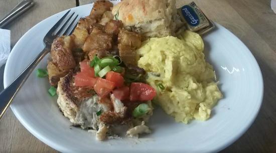 Bonnie Blue: crab cake and eggs - wonderful
