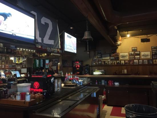 The Elbow Room Of Kodiak Picture Of Tony S Bar Kodiak