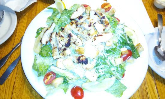 Iowa Machine Shed Restaurant: My Chicken Cesar Salad