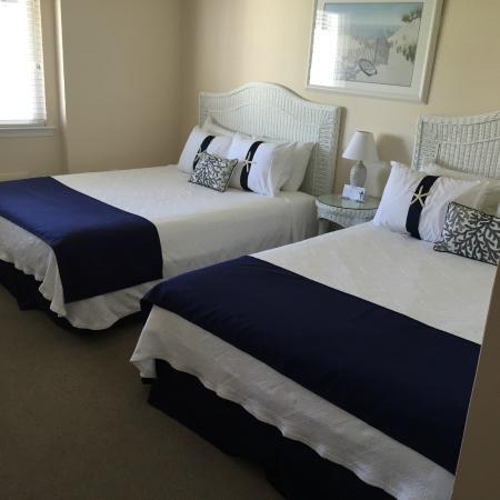 Seaport Inn Motel: 2 queen beds