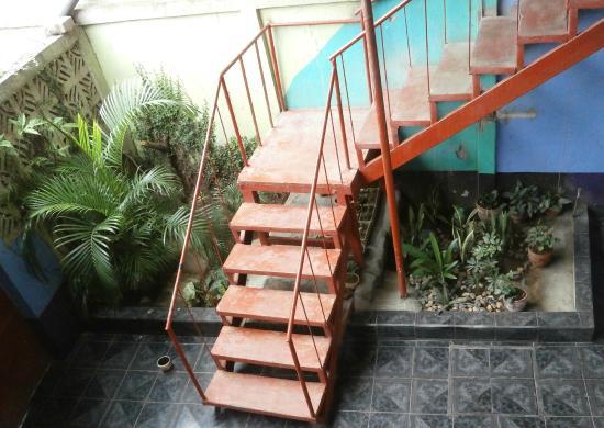 Nicaragua Guest House: Escalera
