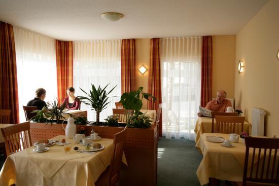 Mainleus, Alemania: Frühstücksraum