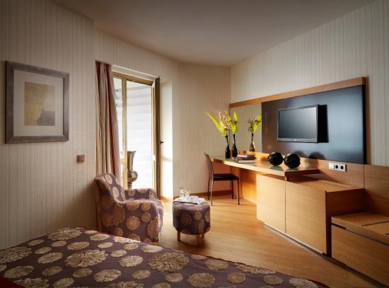 Divani Apollon Suites: Room