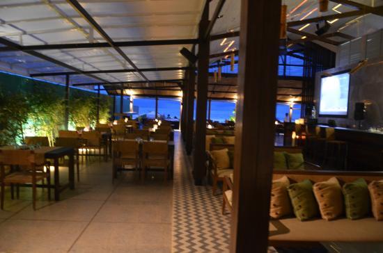 Santana Beach Resort: Dining area